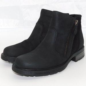 "Earth Vintage Black Leather ""Jordan"" Ankle Boots"